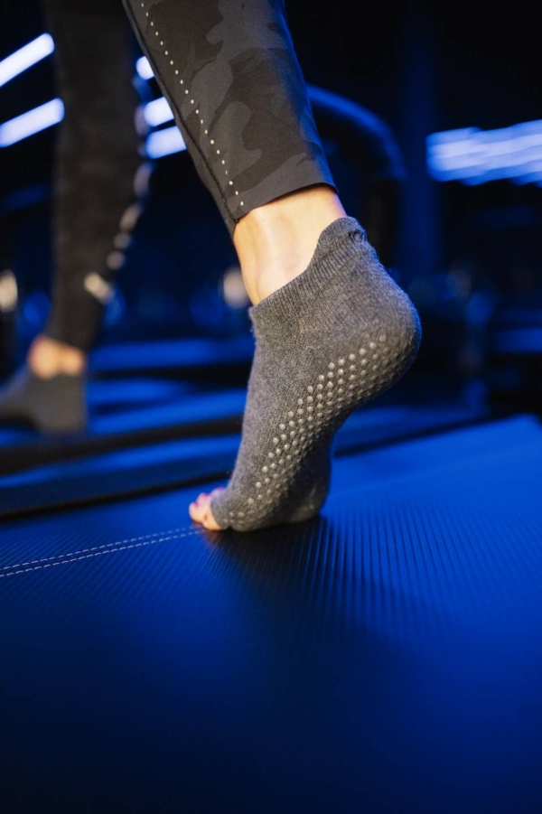 Toesox Grip Sock Charcoal Grey, Open Toe